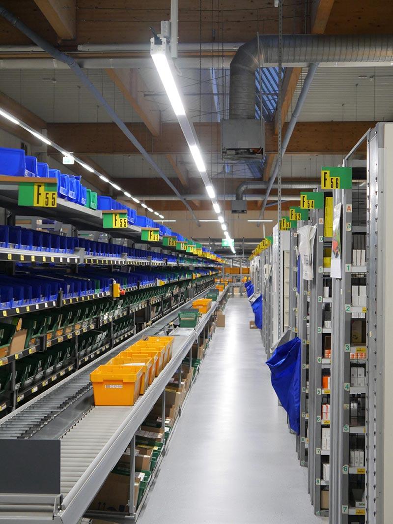 Aufgrund der deutlich geringeren Wärmeabstrahlung der LEDs gegenüber den zuvor eingebauten konventionellen Leuchtstofflampen wird die Klimatechnik erheblich entlastet. Foto: Emslicht