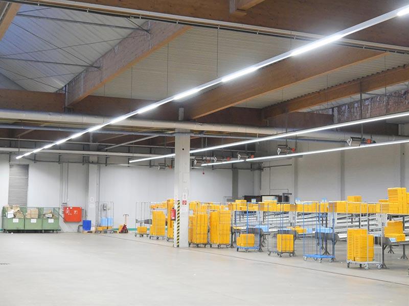 Als Vorzeigeprojekt besitzt der Leuchtenaustausch am Standort Osnabrück eine große Ausstrahlung auf weitere Niederlassungen der Alliance Healthcare AG. Die ersten Planungen und Umsetzungen für Sanierungen nach dem Osnabrücker Beispiel wurden bereits beschlossen. Foto: Emslicht