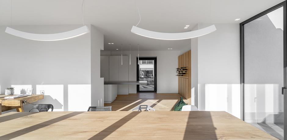 Architektur aus Licht: Renovierung einer Villa in Österreich