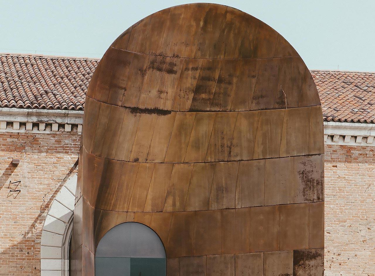 Delta Light beleuchtet den italienischen Pavillon bei der Architekturbiennale Venedig