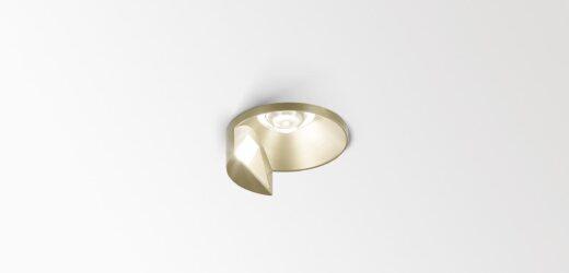 Artuur von Delta Light kombiniert Allgemeinbeleuchtung mit Wallwashing-Effekt